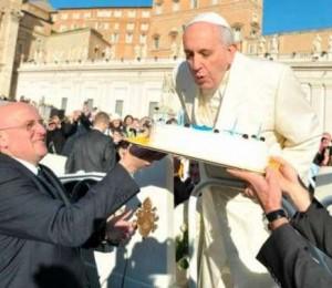 Feliz aniversário Papa Francisco